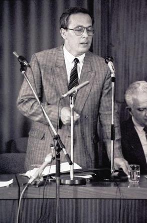 dr. Róth Miklós ügyvéd