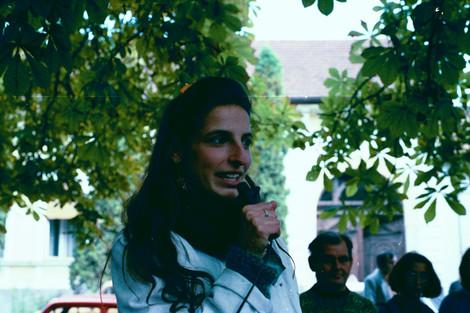 Szelényi Zsuzsa, a tüntetés egyik szervezője / Zsuzsa Szelényi, one of the march's organizers