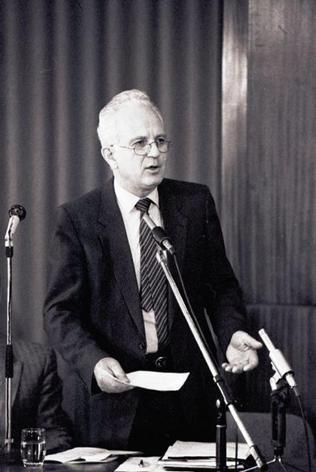dr. Dornbach Alajos ügyvéd