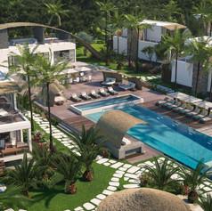 Aerial-shot-of-pool-.jpg