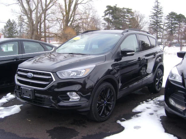 2017 FORD ESCAPE - M2411