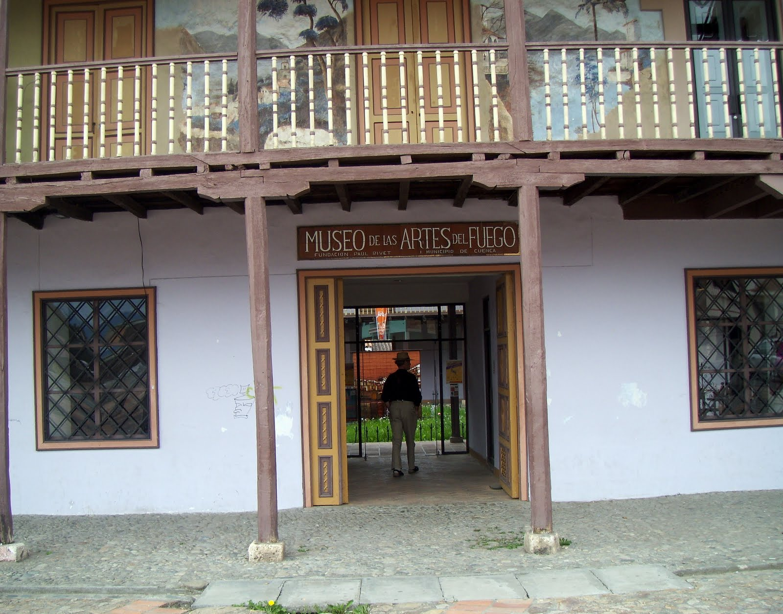 Front entrance of Museo de las Artes del Fuego, May 2013. Photo Credit: RichAndNancy blog.