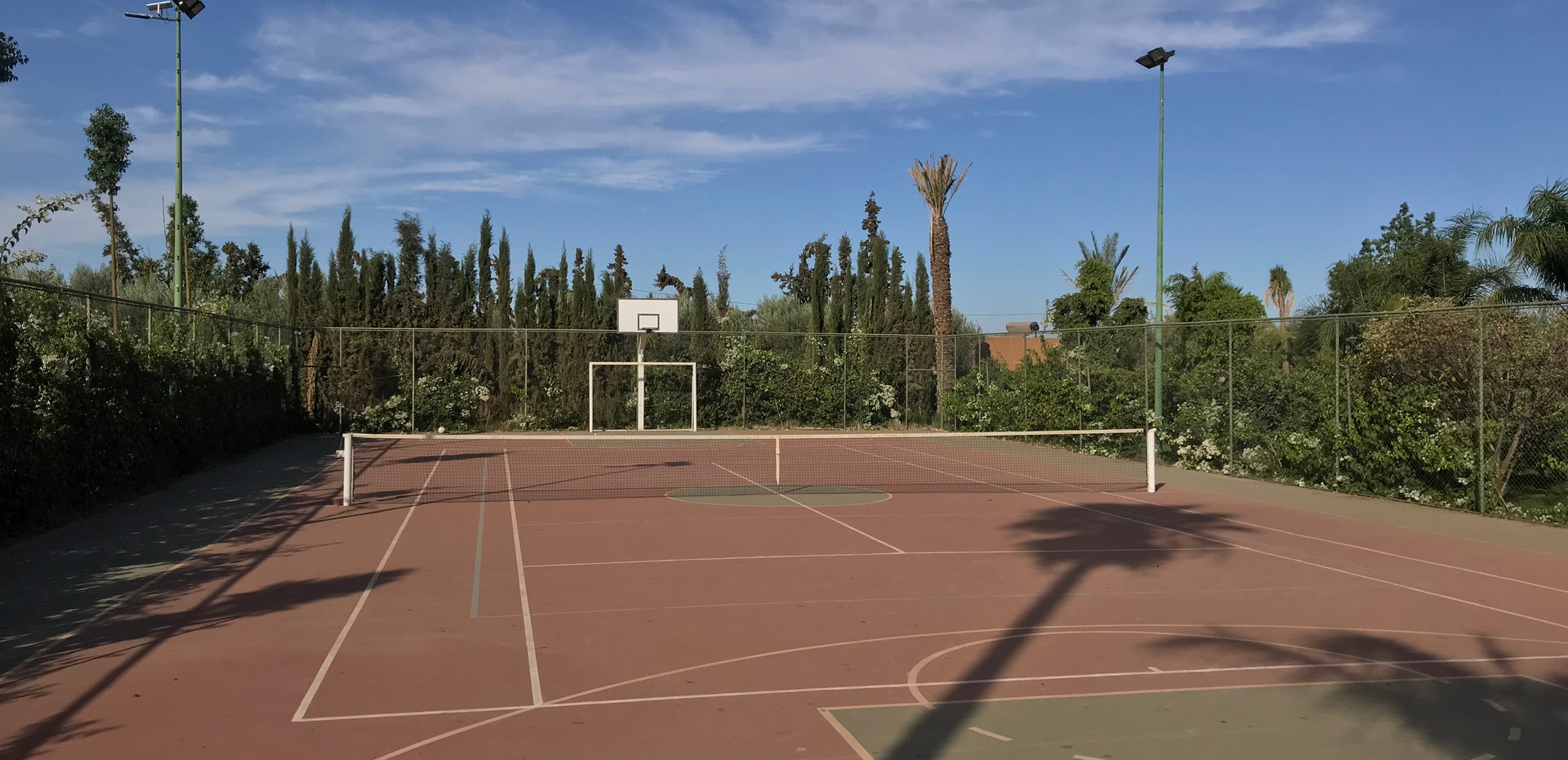 YOUR SPORTS COURT