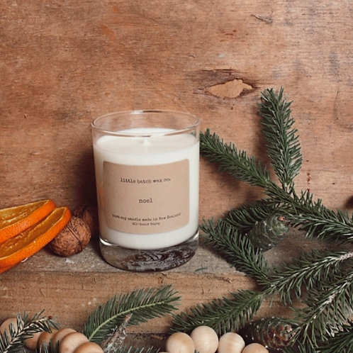 """""""Noel"""" - plum, berries, holly (limited edition seasonal soy candle)"""