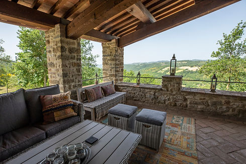 loggia al fresco drinking dining coctails view countryside lounge cool breeze