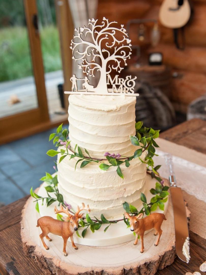 tree of life woodland wedding cake