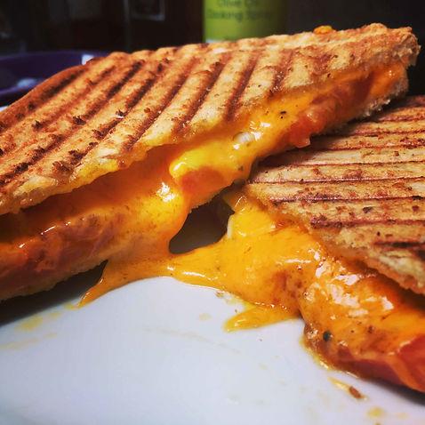 Cheese-tomato-onion-toasted-sadnwich-scaled.jpeg