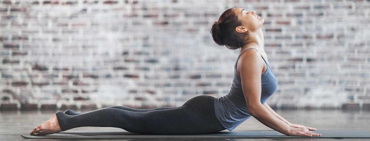 woman_doing_yoga.jpg