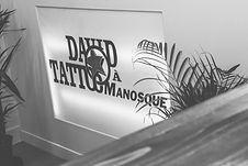 Reportage photo d'évènement en intérieur chez David Tattoo à Manosque, dans les Alpes-de-Haute-Provence (PACA).