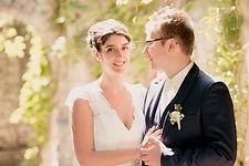 Reportage photo de mariage à Sablet dans le Vaucluse et au Domaine de Viret dans la Drôme (PACA et Auvergne-Rhône-Alpes).