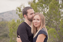 Séance photo de couple en extérieur au barrage de Bimont à Saint-Marc-Jaumegarde, dans les Bouches-du-Rhône (PACA)