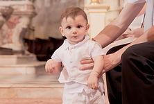 Reportage photo de baptême en l'église Saint Nicolas de Pertuis 84120, dans le Vaucluse (PACA).