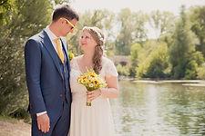 Reportage photo de mariage à La Roque Sur Cèze dans le Gard (Occitani).