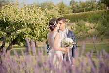 Reportage photo de mariage à Oppède-le-Vieux, dans le Vaucluse (PACA).