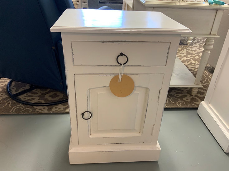 Side Cabinet whitewash