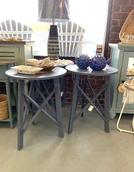 Harbor town accent table- blue