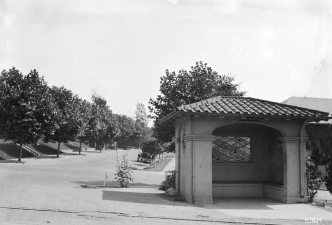 Key - Street in Piedmont - bonita key station  - 82621ks.tif