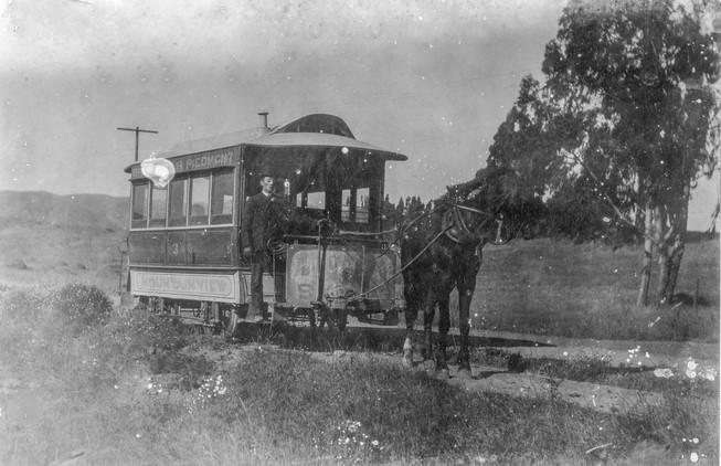 1905 - Horse car. Oakland. Mountain View Railway. Broadway and Piedmont line 144303ks.jpg