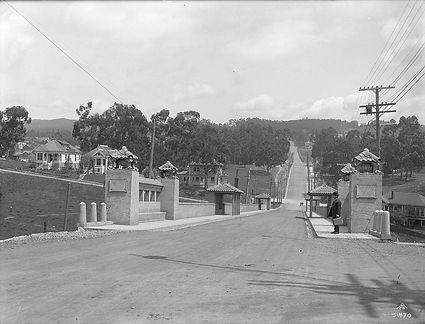 Piedmont - smaller - oakland-avenue-viaduct-_edited.jpg