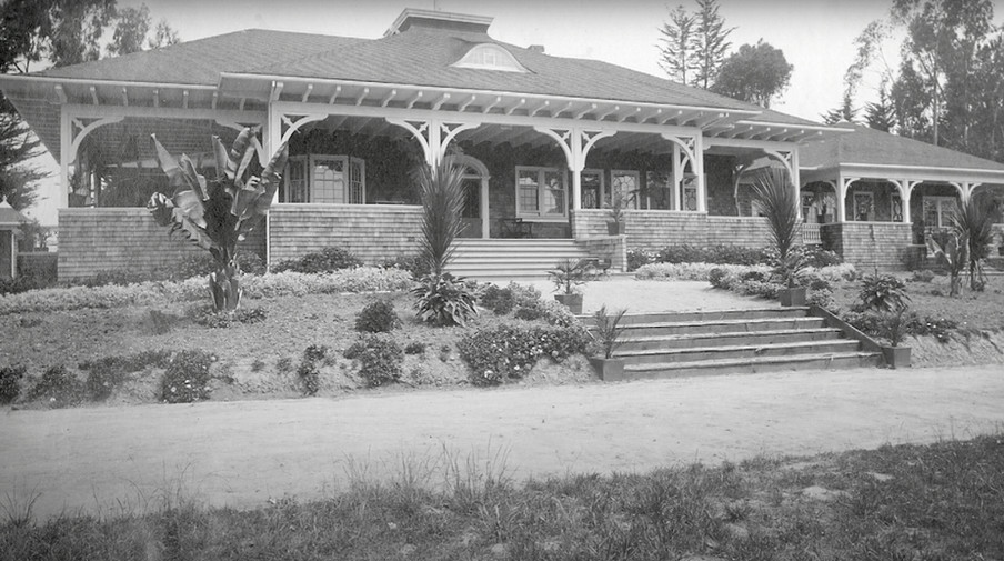 cheney picture of the clubhouse.jpg