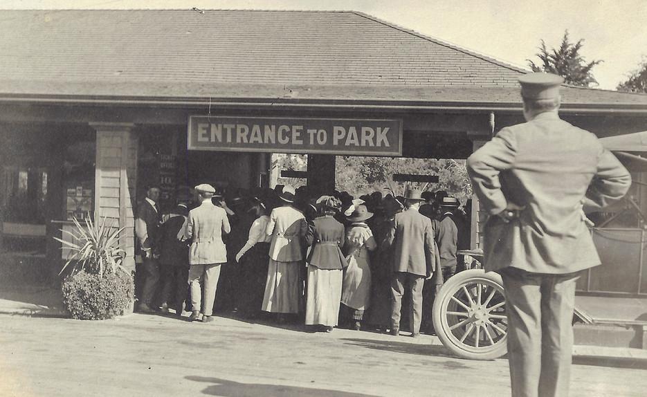 Entrance to Piedmont Park 1915