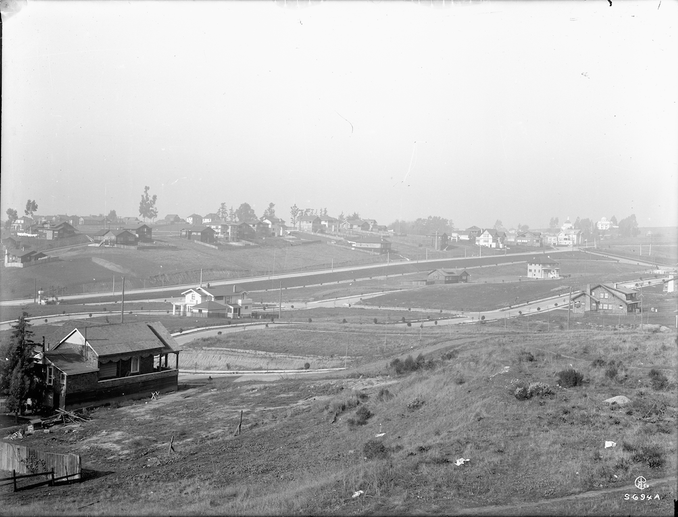 Piedmont - looking at Grand Avenue and G