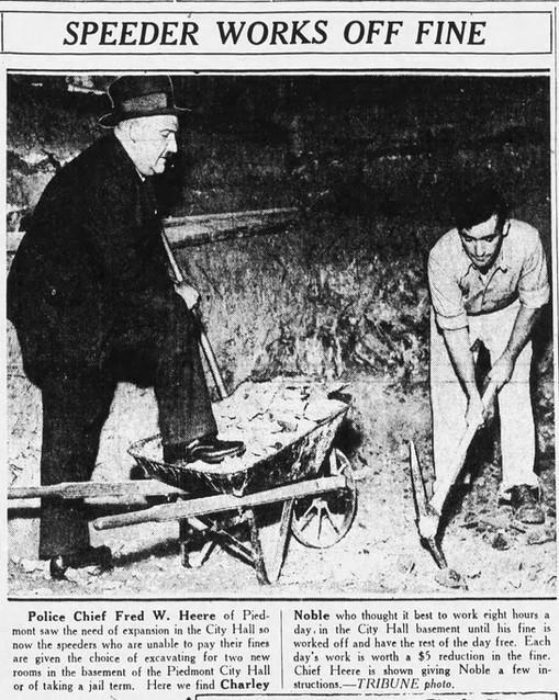 Oakland_Tribune_Tue__Oct_25__1932