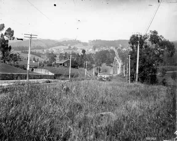 Piedmont - Oakland avenue - 161953ks.jpg