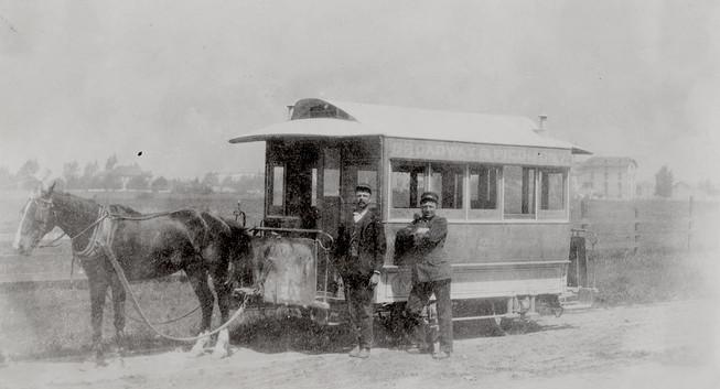 1905 - Horse car. Mountain View Railway. Broadway and Piedmont line. Oakland 1.jpeg