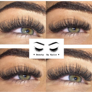 Full volume Russian lashes