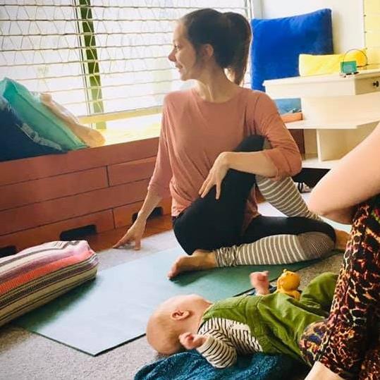 Yoga för föräldralediga
