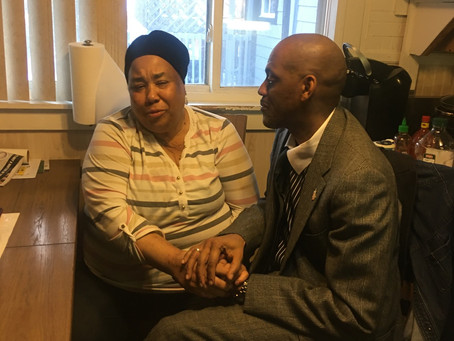 89 yr old blind black army veteran and his 67 yr old wife falsely accused of robbing UsBank .