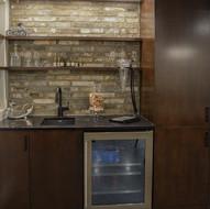 Bar en bois et comptoir de quartz sur mesure