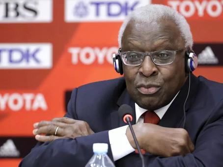Procès Lamine Diack: l'ex-patron de l'IAAF mal à l'aise sur le volet «abus de confiance»