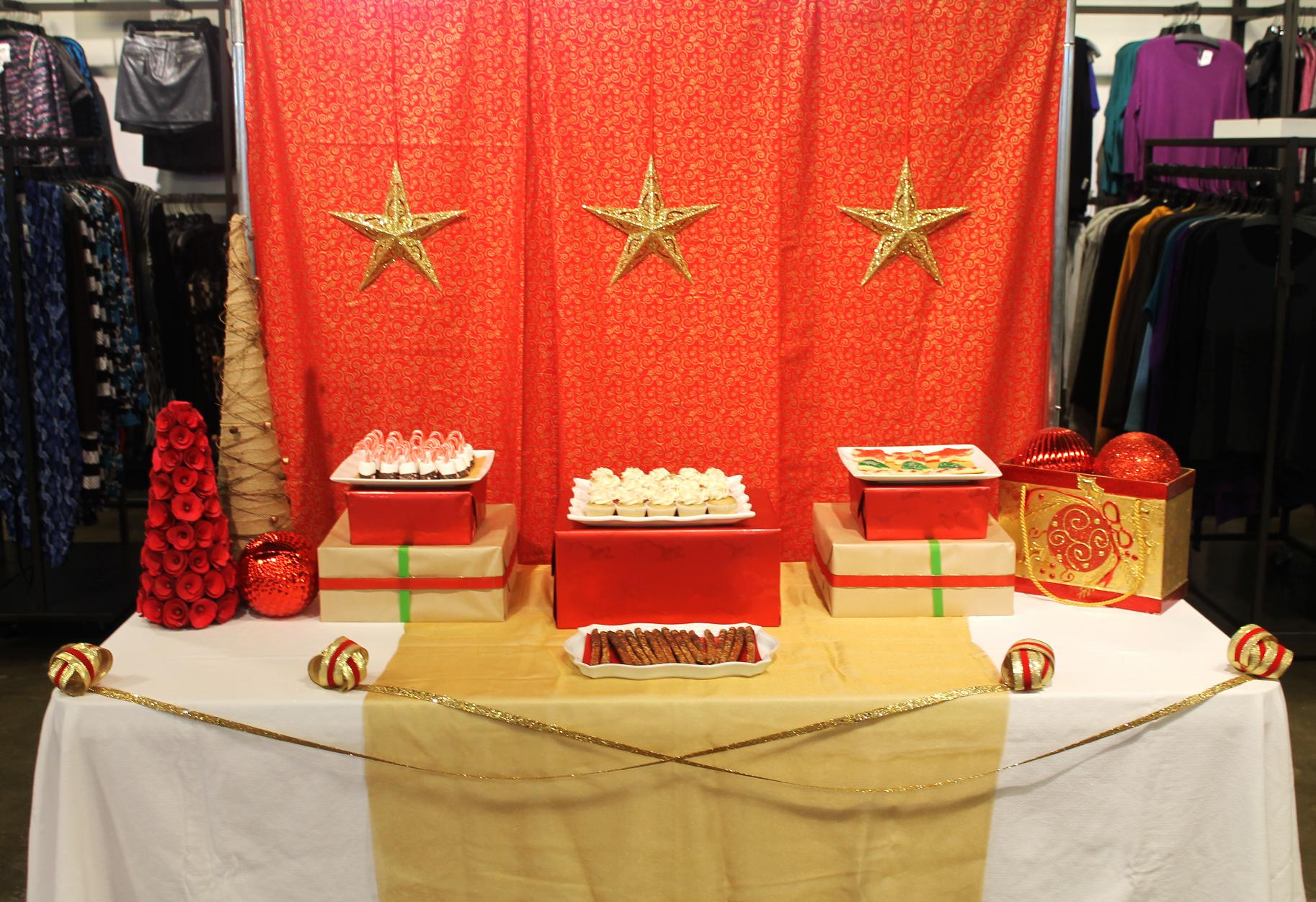 Holiday Dessert Table - 2015