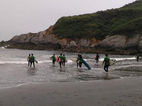 El mejor surfista es el de mayor sonrisa en el agua (Nat Young)