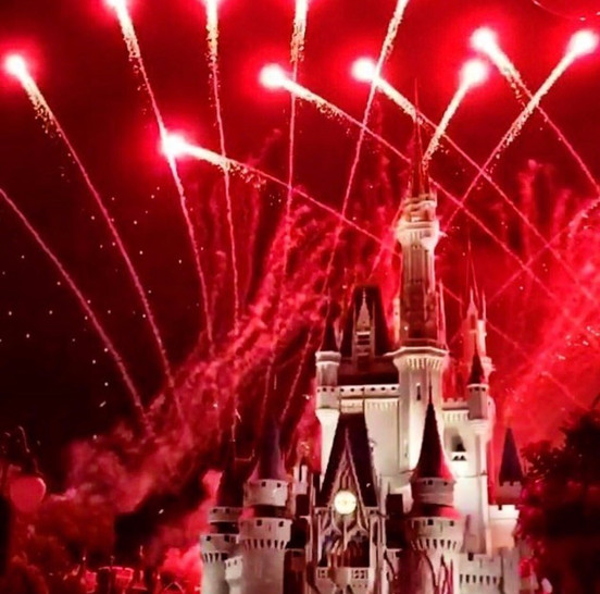 Batalha Disney x Universal no feriado de 4 de Julho
