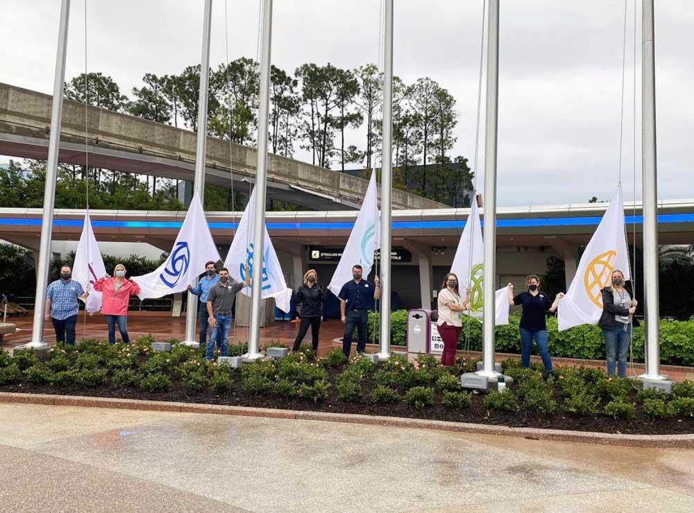 novas bandeiras no EPCOT