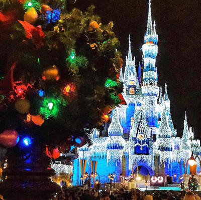 A Frozen Holiday Wish estreia dia 03 de novembro no parque Magic Kingdom