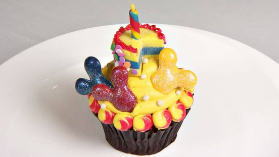 Cupcake de 90 anos do Mickey disponível no Contemporary