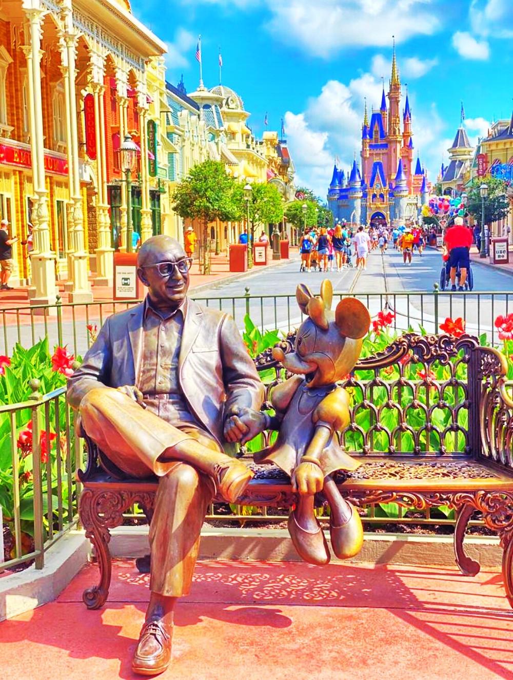 Disney permite entrada antecipada nos seus parques temáticos em 2021