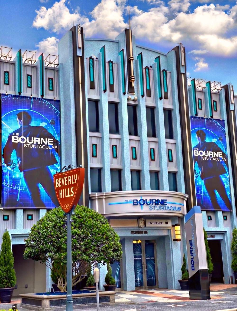 Soft opening da nova atração Bourne Stuntacular no parque Universal Orlando