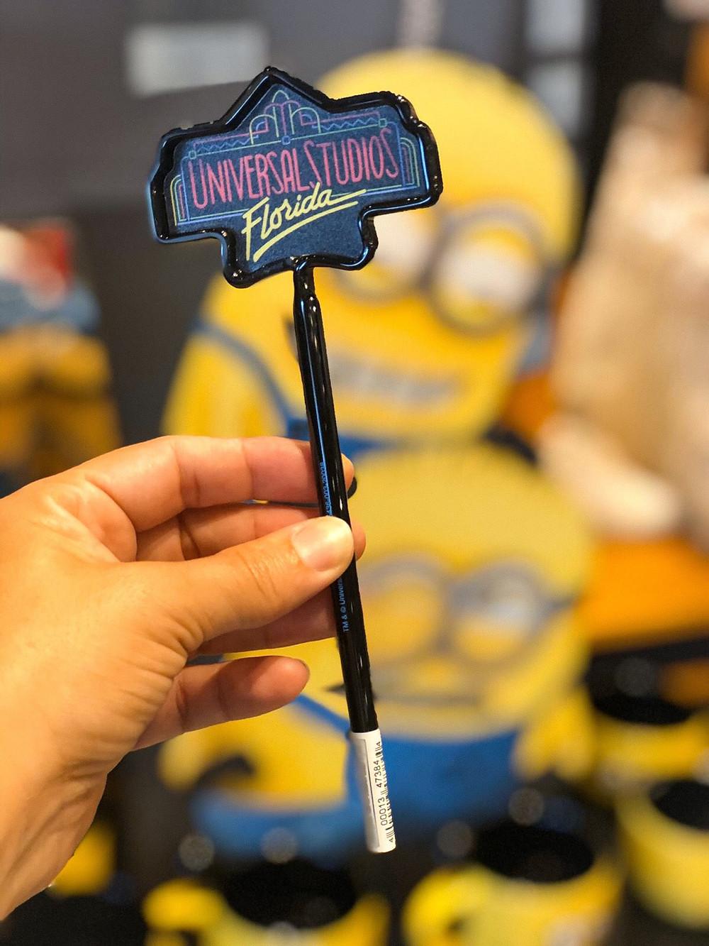Caneta 30 anos do parque Universal Studios em Orlando $5 - imagem Revista Orlando Wish