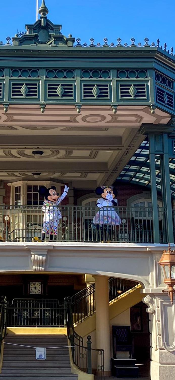Mickey e Minnie na reabertura do Magic Kingdom