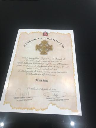 Presidente Iuga é homenageado na ALESP