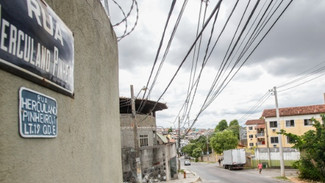 Uma única rua no Rio concentra 1% dos roubos de cargas do Brasil