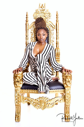 Add This Throne To Your Photoshoot