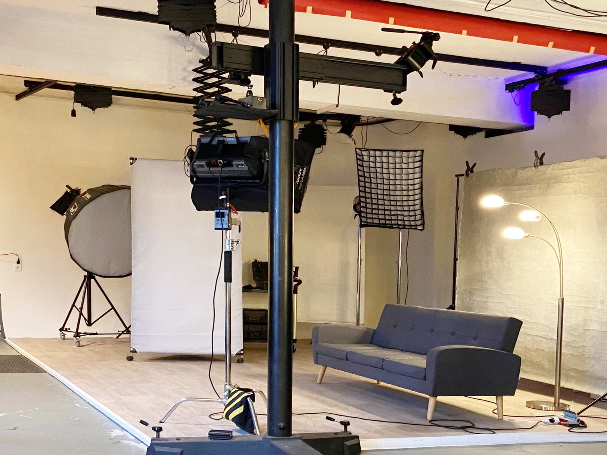 Studio_Set1b.jpg