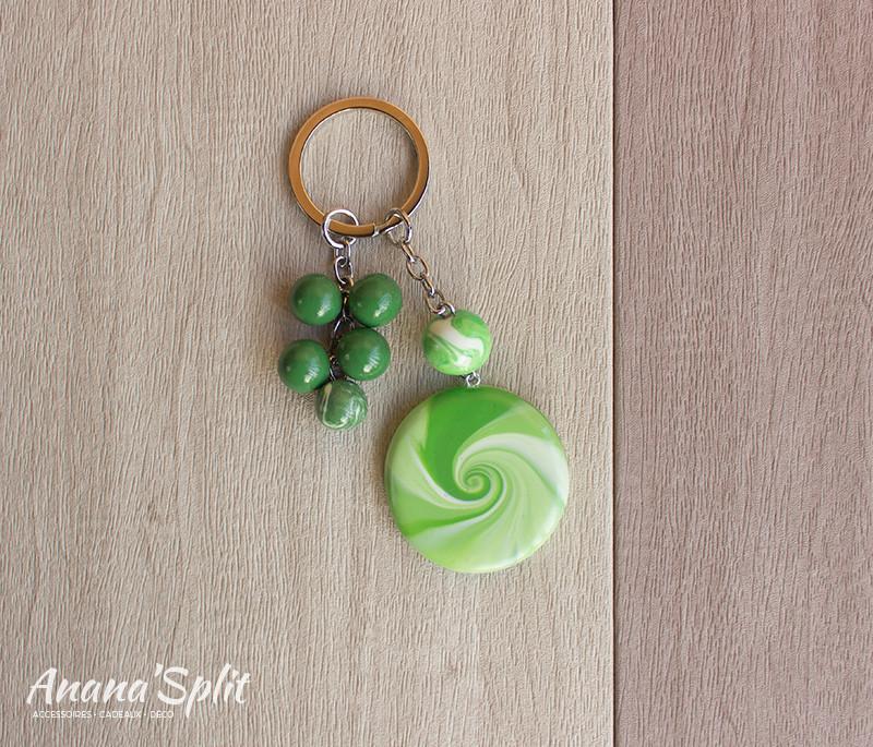 porte-clefs-spirale-vert.jpg