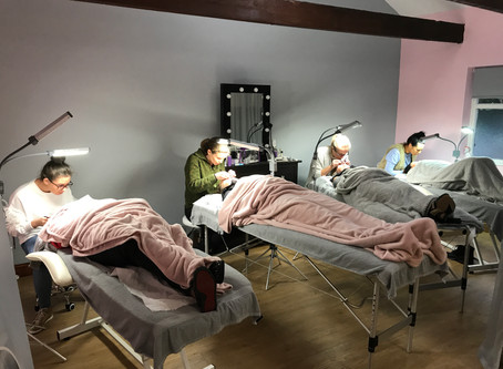 Semi Permanent Eyelash Extensions Training in Manchester